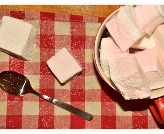 fluffy selfmade marshmallows