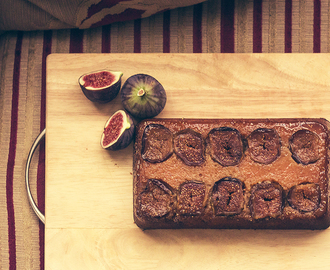 Fig, honey and almond gluten free cake