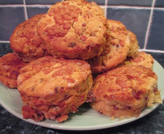 Crumbly Cheddar, bacon and onion scones