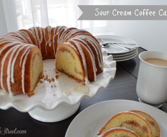 Breakfast On The Go: Sour Cream Coffee Cake