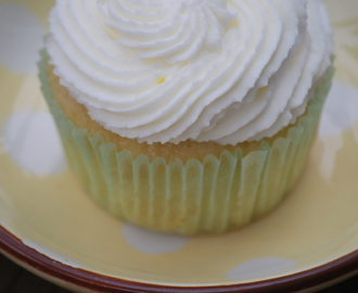 Lemon Cupcakes with Lemon Whipped Cream