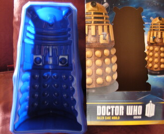 Doctor Who – Dalek Cake – the birth