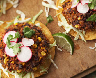 Black Bean Chipotle Burgers