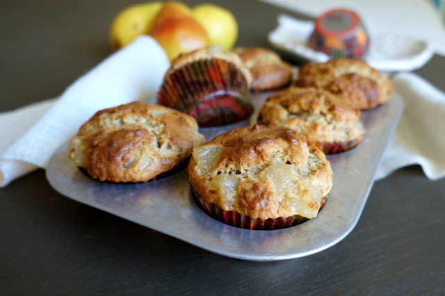 browned butter pear muffins