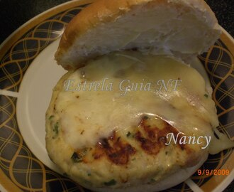HAMBURGUER DE FRANGO DE NANCY