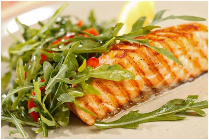 Recipe Love: 6 Ideas for Tasty Healthy Easy Dinners (Part 6 Salmon, Salad and Spicy Potato Wedges)