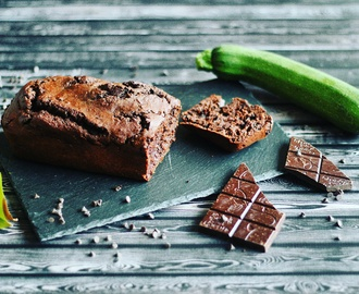 Dark chocolate zucchinibread