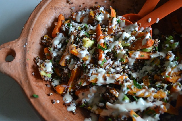 quinoasalade met geroosterde wortels en tahin-yoghurt dressing- quinoa salad with roasted carrots and a tahin-yoghurt dressing (GF-SF)