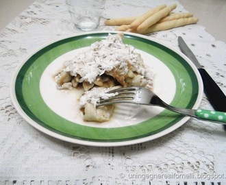 Straccetti di pollo con fichi e ricotta salata (Chicken strips with figs and ricotta salata cheese)