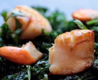 Seared scallops on crisp kale with a chilli soy dressing