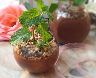 Eggless Chocolate Mousse Mint Pots