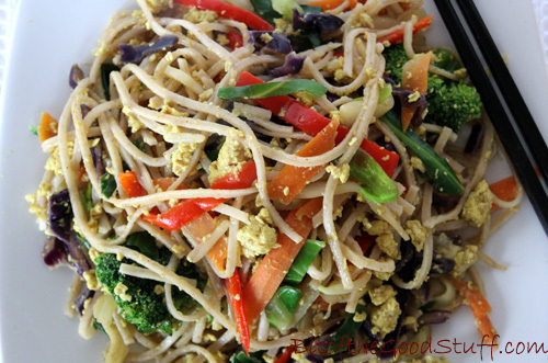 Chinese 'Egg-fried' Noodles… Vegan Style!