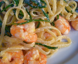 Linguine with samphire and prawns