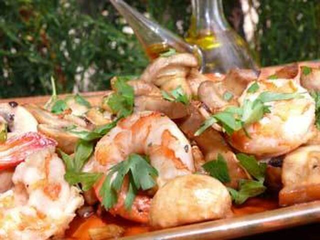 Spanish Garlic Prawns with Mushrooms