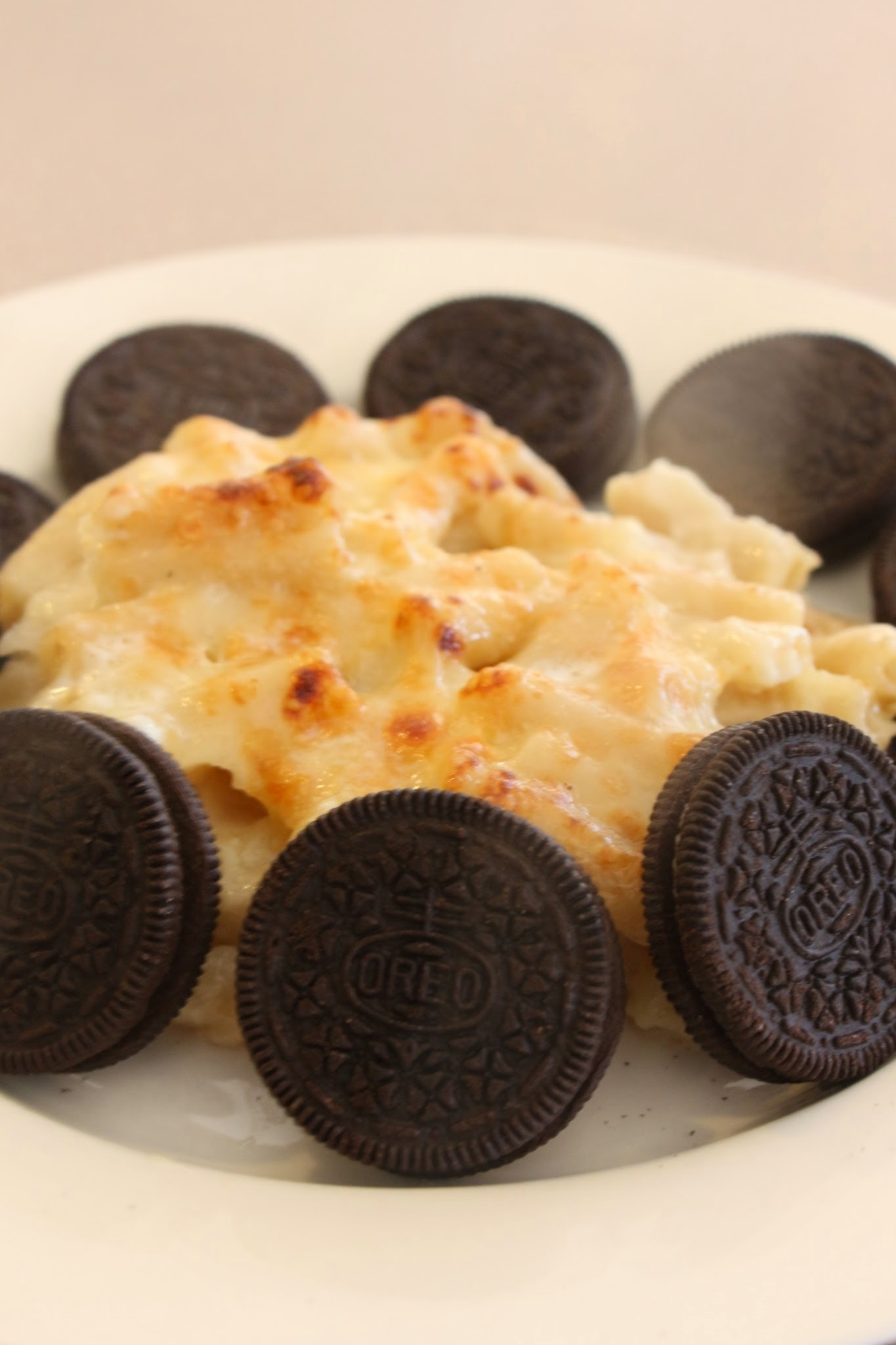 COOKIES AND CREAM MAC n CHEESE
