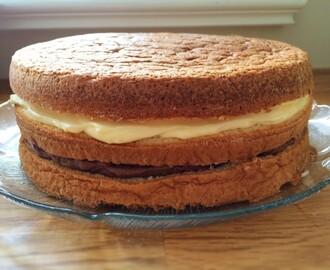 glutenfri tårtbotten mandelmjöl
