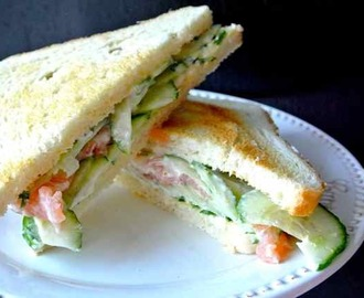 LUNCH TIME: Sandwich zalm & kruidenmayonaise