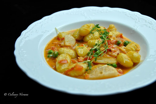 Gnocchi in creamy tomato sauce with radish and peas!
