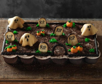 Cupcakes and Other Goodies for Halloween or Samhain