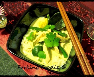 Thai Green Chicken Curry (Gaeng Khieo Wan Gai) - with FIVE delicious variations!