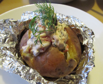 Uuniperunat – Baked Jacket Potatoes