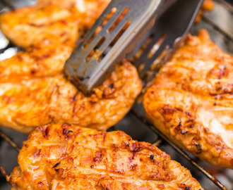 Sriracha Pineapple Grilled Chicken
