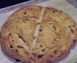 Rustic Olive Bread