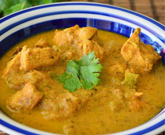 Chicken Curry Recipe - Side Dish for Idli, Dosai, Idiyappam
