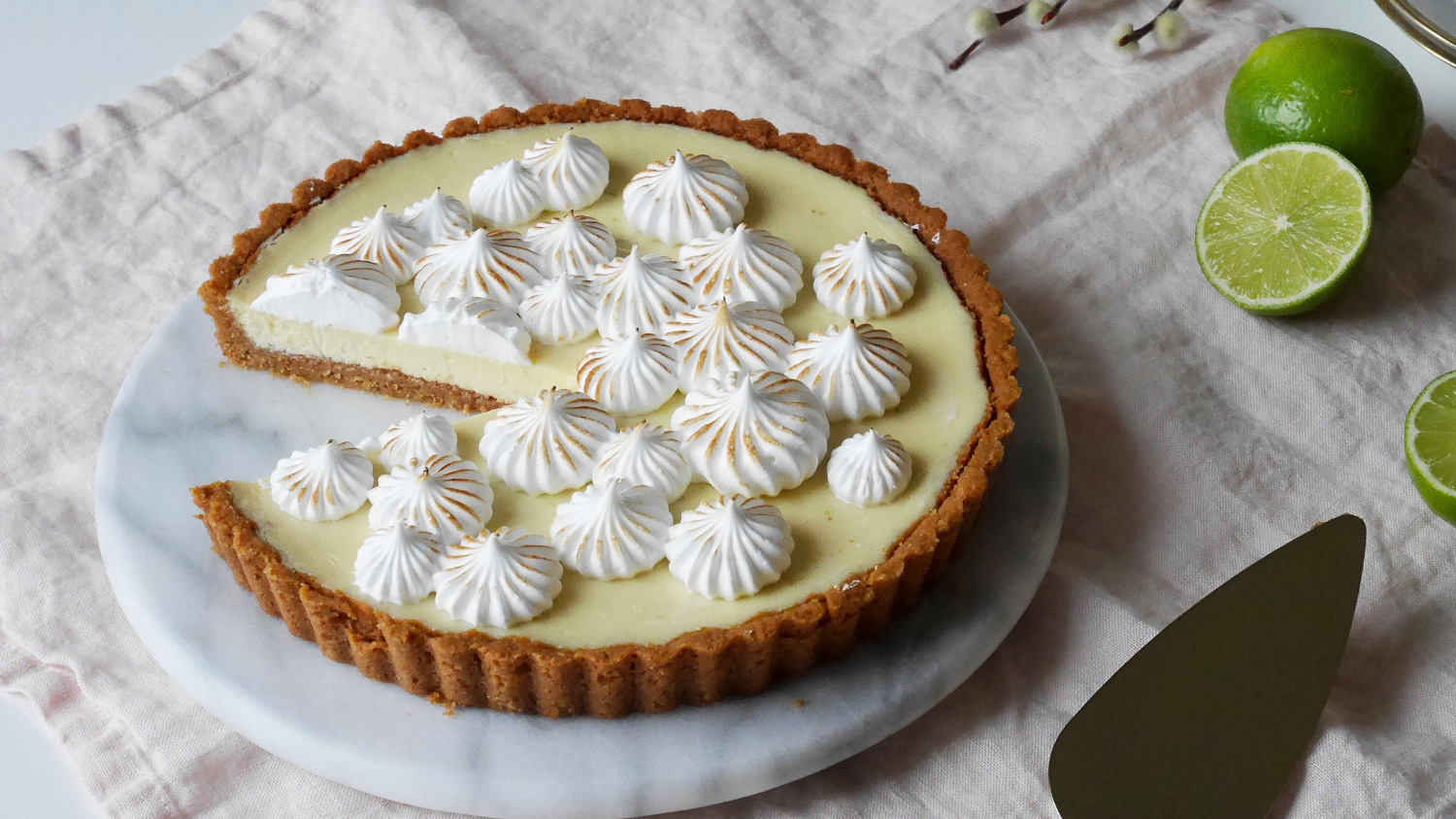 Key Lime cheesecake pie med italiensk maräng