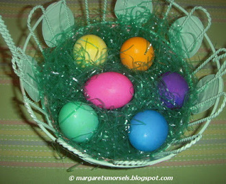 A Different Way to Dye Easter Eggs