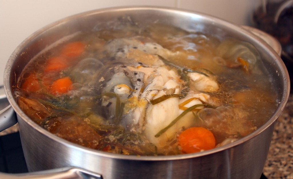 How To Make Vegetable, Chicken, Beef, Fish and Crab Stock from Scratch