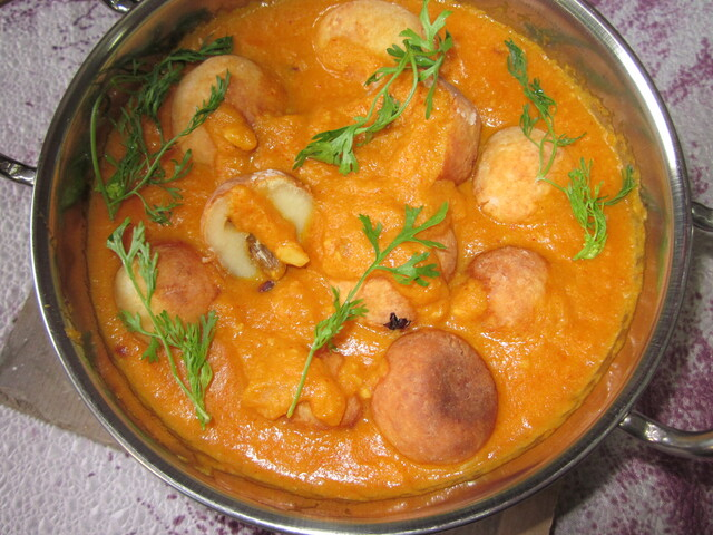 Malai Kofta (Cottage Cheese dumplings in a rich tomato gravy)