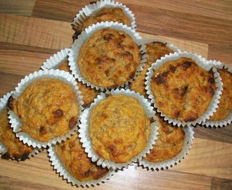 The Red Tractor Challenge: Wholemeal Rhubarb & Ginger Muffins