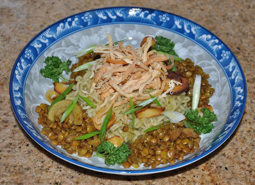 Green Thai Pepper Sauce Ramen Noodles with Hickory Smoked Bacon Lentils, Fried Galangal Chips and Ojinguh