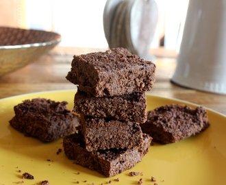 Healthy Coconut Brownies