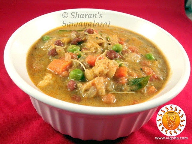 Sprouts & Mixed Veg Kurma