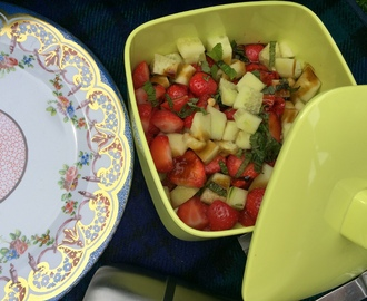 Strawberry, mint and cucumber picnic salad