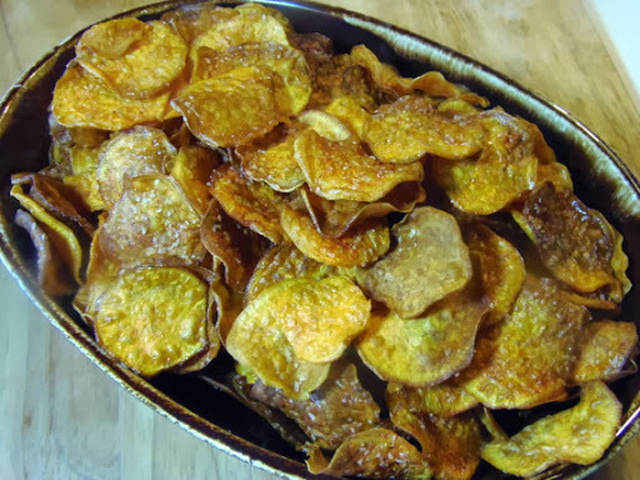 Smoky Sweet Potato Chips #SundaySupper