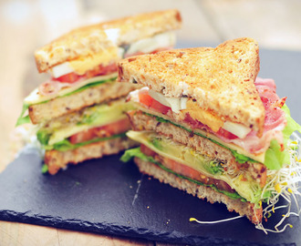 Glutenvrije club sandwich van Dr. Schär brood