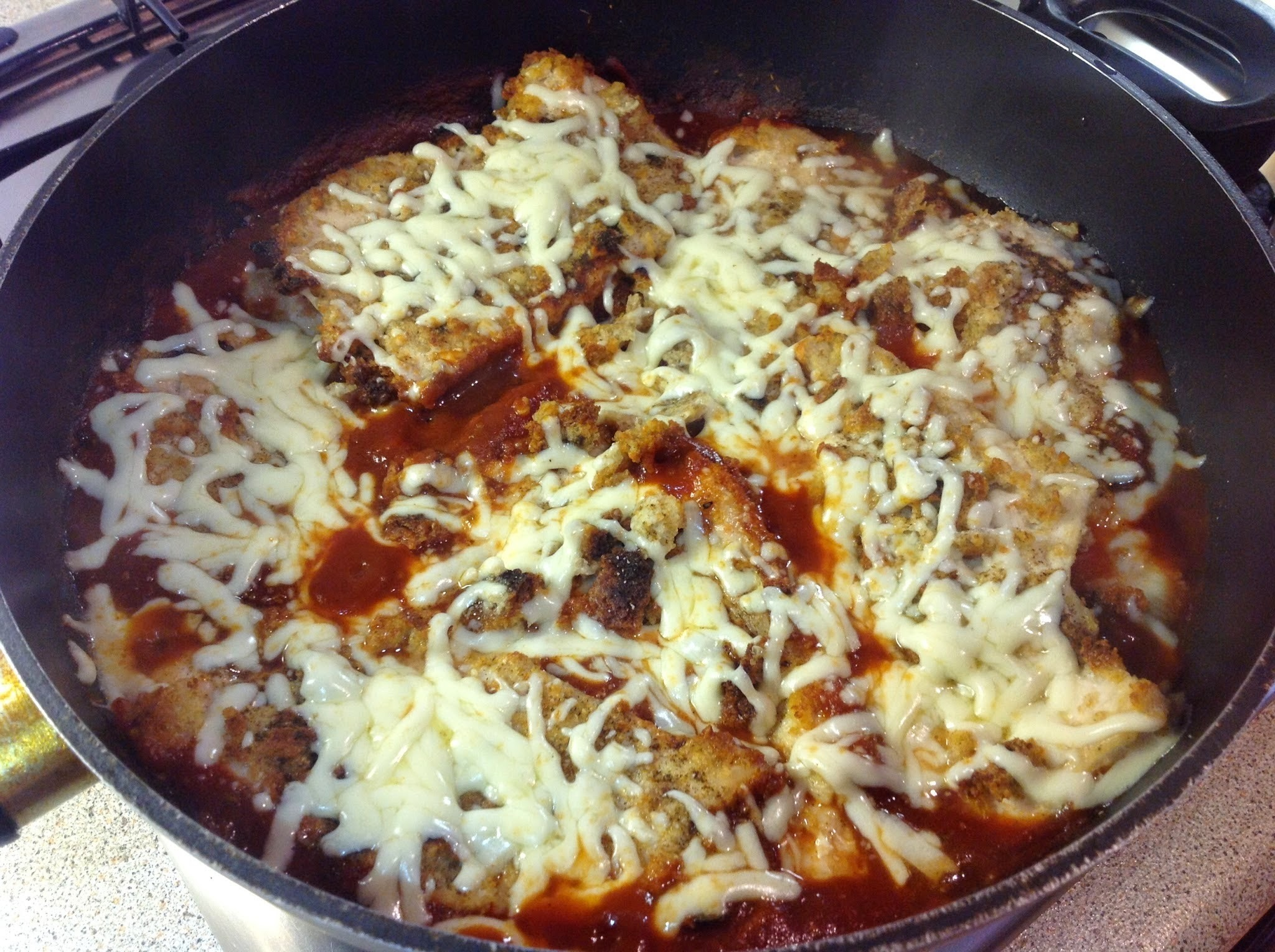 Mozzarella Chicken in Tomato Sauce