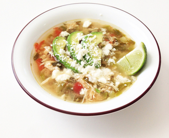 Crock Pot Green Chile Chicken & Avocado Soup