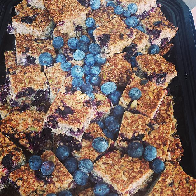 Seeded blueberry 'flapjacks'