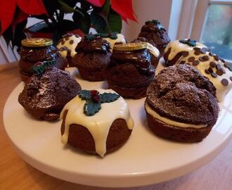 Chocolate & spice Christmas muffins