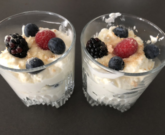 Mascarpone mousse met rood fruit