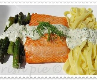 Fried (Irish) - Salmon with Tagliatelle with lemon-dill sauce and wild asparagus / Gebratener (irischen)- Lachs mit Bandnudeln an Zitronen-Dillsauce und wildem Spargel