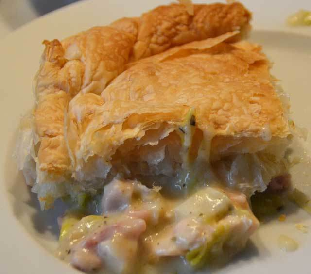 Chicken, Bacon And Leek Pie