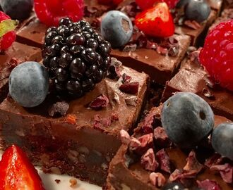 Raw-brownie med frosting
