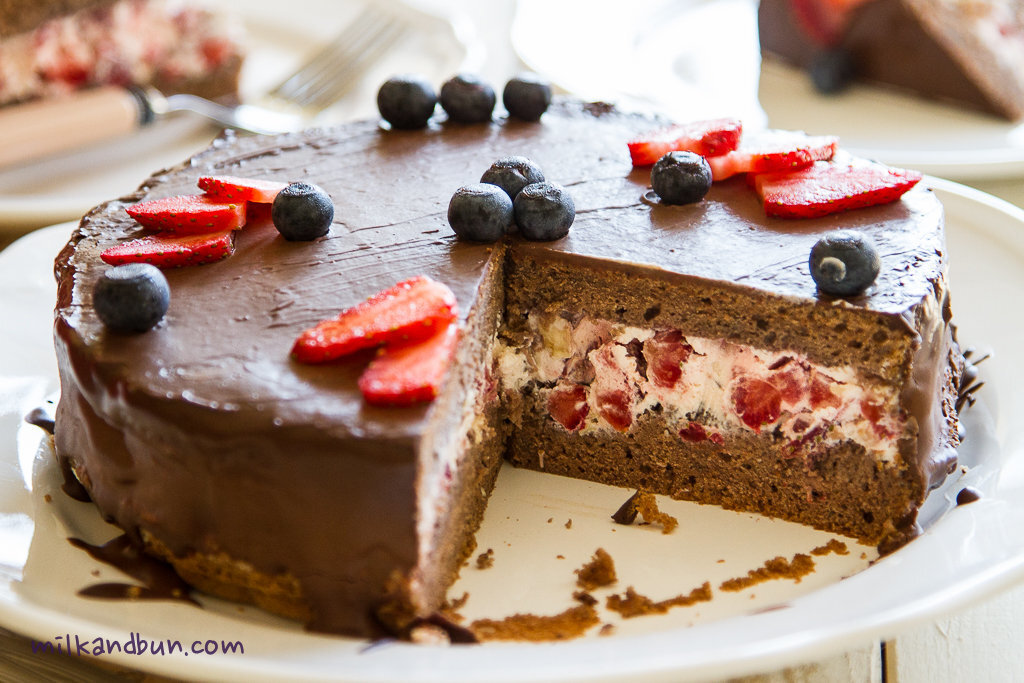 Chocolate Cake with mascarpone cream
