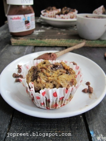 NUTELLA BANANA SWIRL WHEAT MUFFINS - FIRST GUEST POST ON MY SPACE FROM PREETI