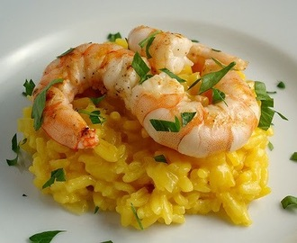 Flambé Prawns with Saffron Risotto